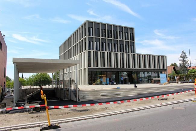 """Bild von Willkommen im Gemeindehaus: """"Bewohner"""" starten im neuen Arbeitsdomizil"""