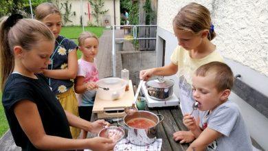 """Photo of Leiblachtaler Ferienprogramm: """"Brötchen backen"""" bei Melitta Sohm in Lochau"""