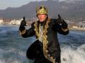 Prinz-Mario-surft-ins-neue-Jahr-17